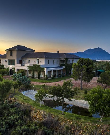 Guinevere Guest House – The Ultimate Luxury Self-Catering Farm House in Tulbagh, South Africa.